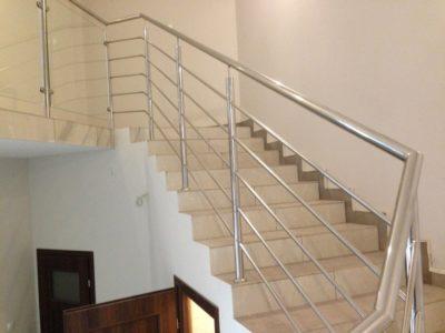 Balustrada schodowa i antresoli